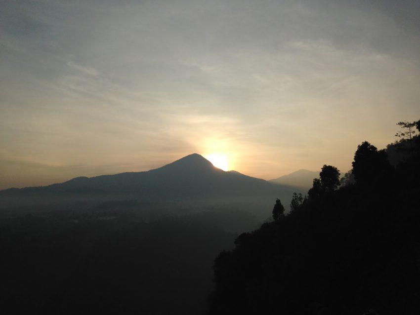 Wisata Tebing Keraton Bandung