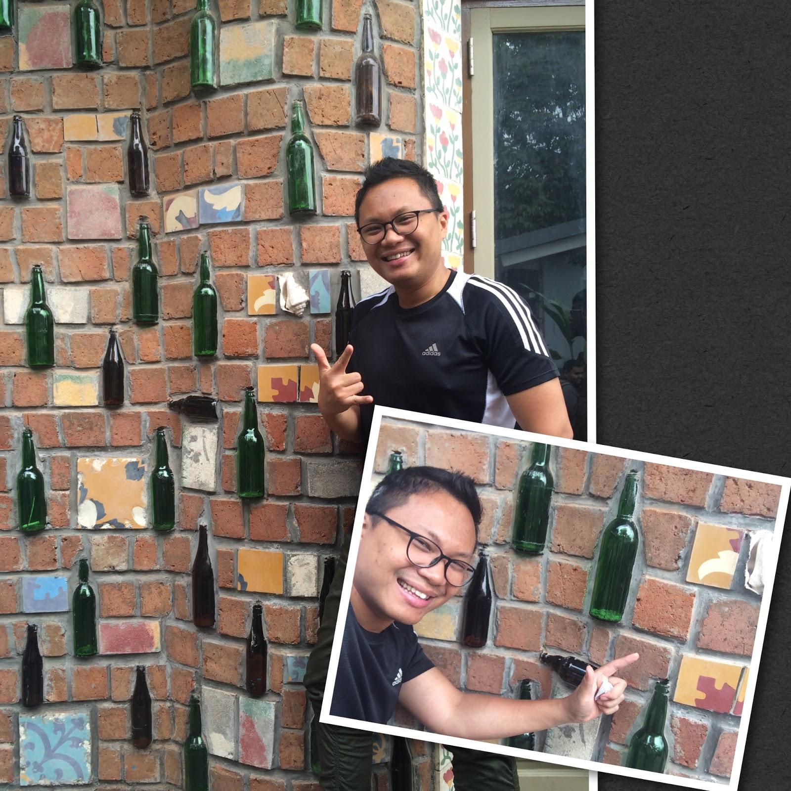 Rumah Unik Dari Botol di Farm House Bandung