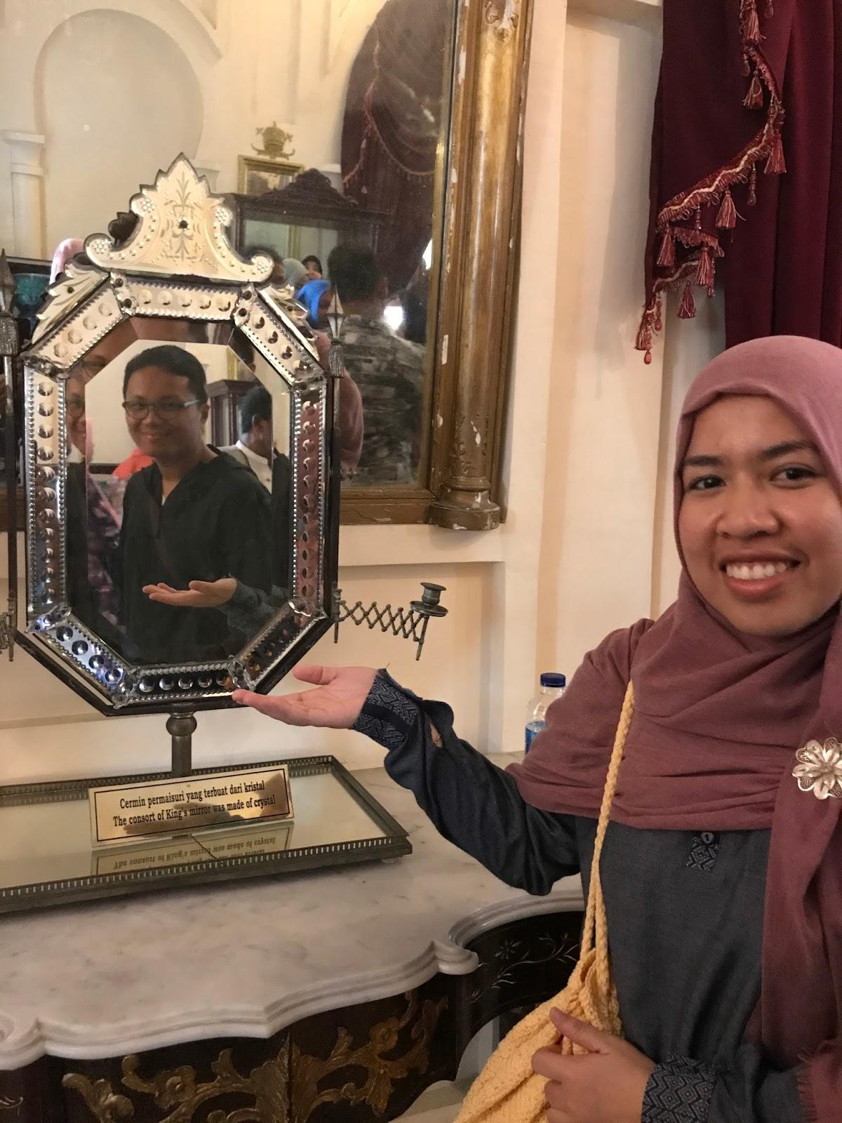 Koleksi Cermin di Istana Siak