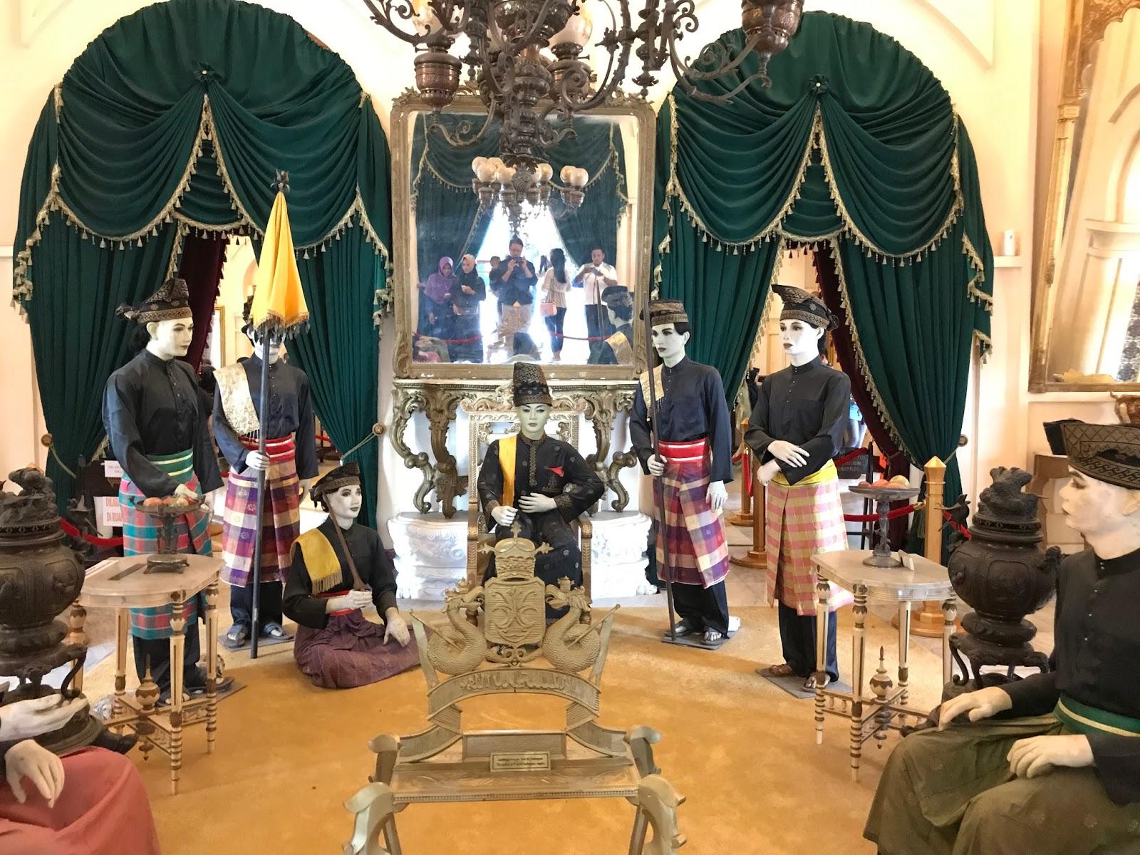 Ruang Utama Istana Siak