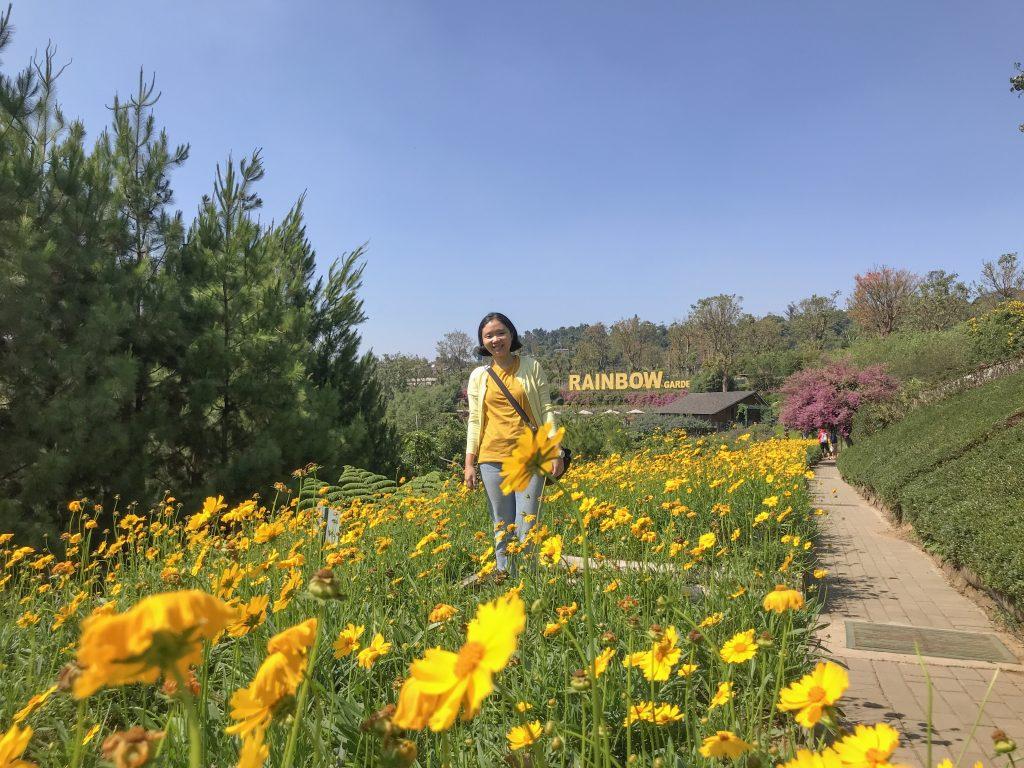 Rainbow Garden, Kebun Bunga Terbesar Bandung - Jalan ...