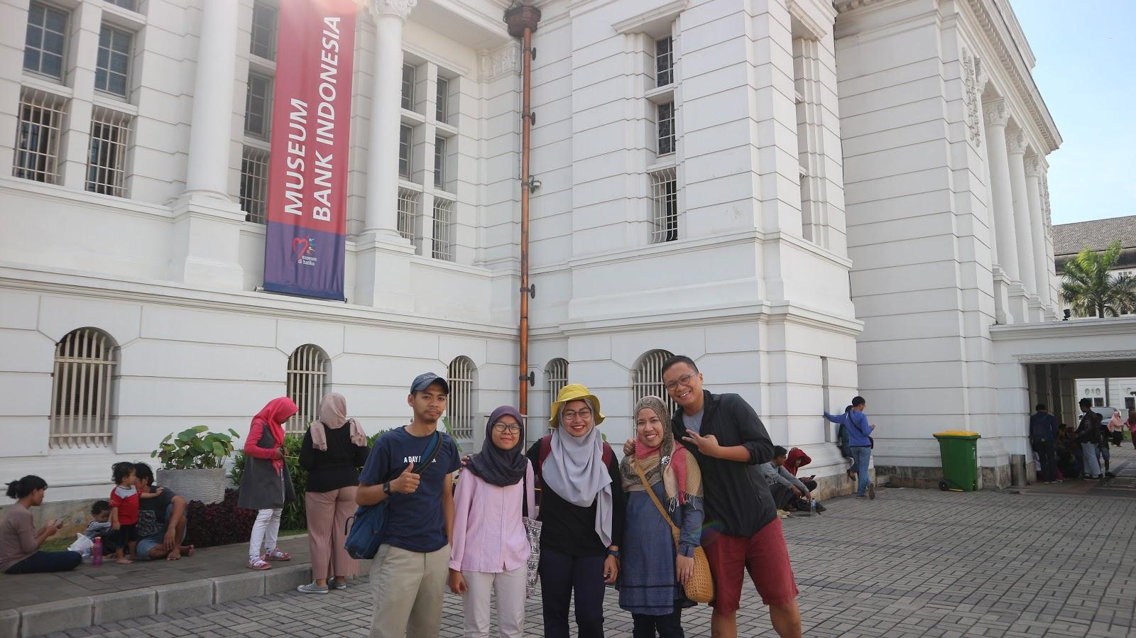 Jalan Kaki Keliling Jakarta Bareng Jakarta Walking Tour