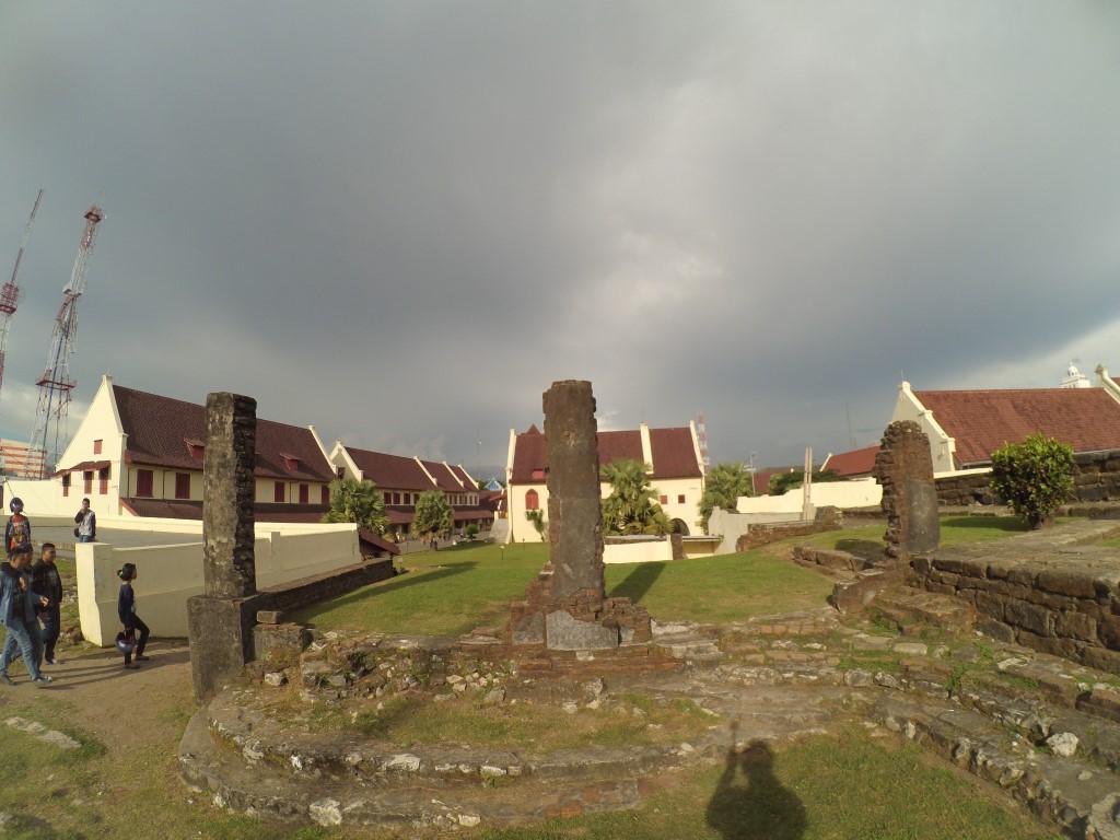 Reruntuhan Fort Rotterdam Makassar